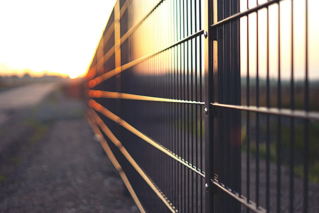 Aesthetic Fence Systems To Ensure Your Building's Security